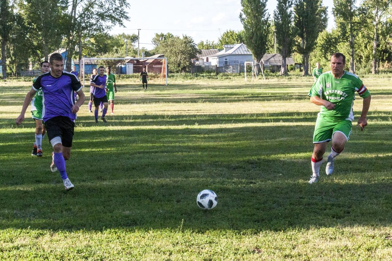Изображение из альбома Чемпионат области по футболу.
