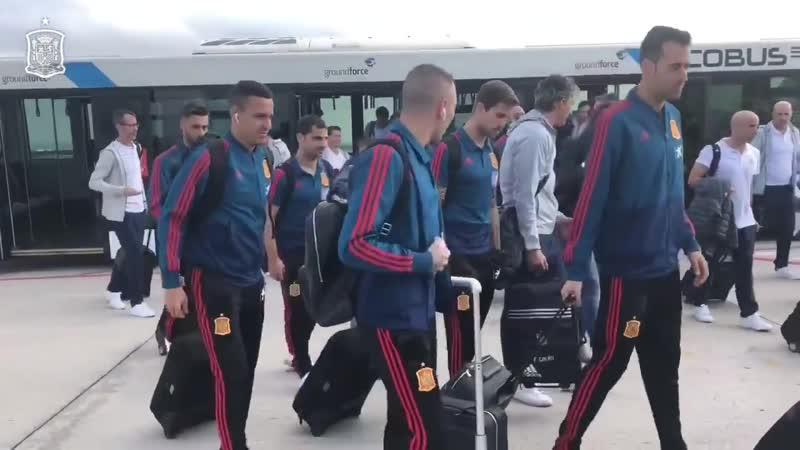 Selección Española de Fútbol - 👋🏻 ¡LISTOS PARA EL DESPEGUE! En unos minutos partimos rumbo a Zagre