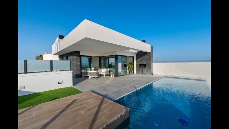 A vendre maison moderne, piscine, 3 chambres à rojales sur la Costa Blanca en Espagne