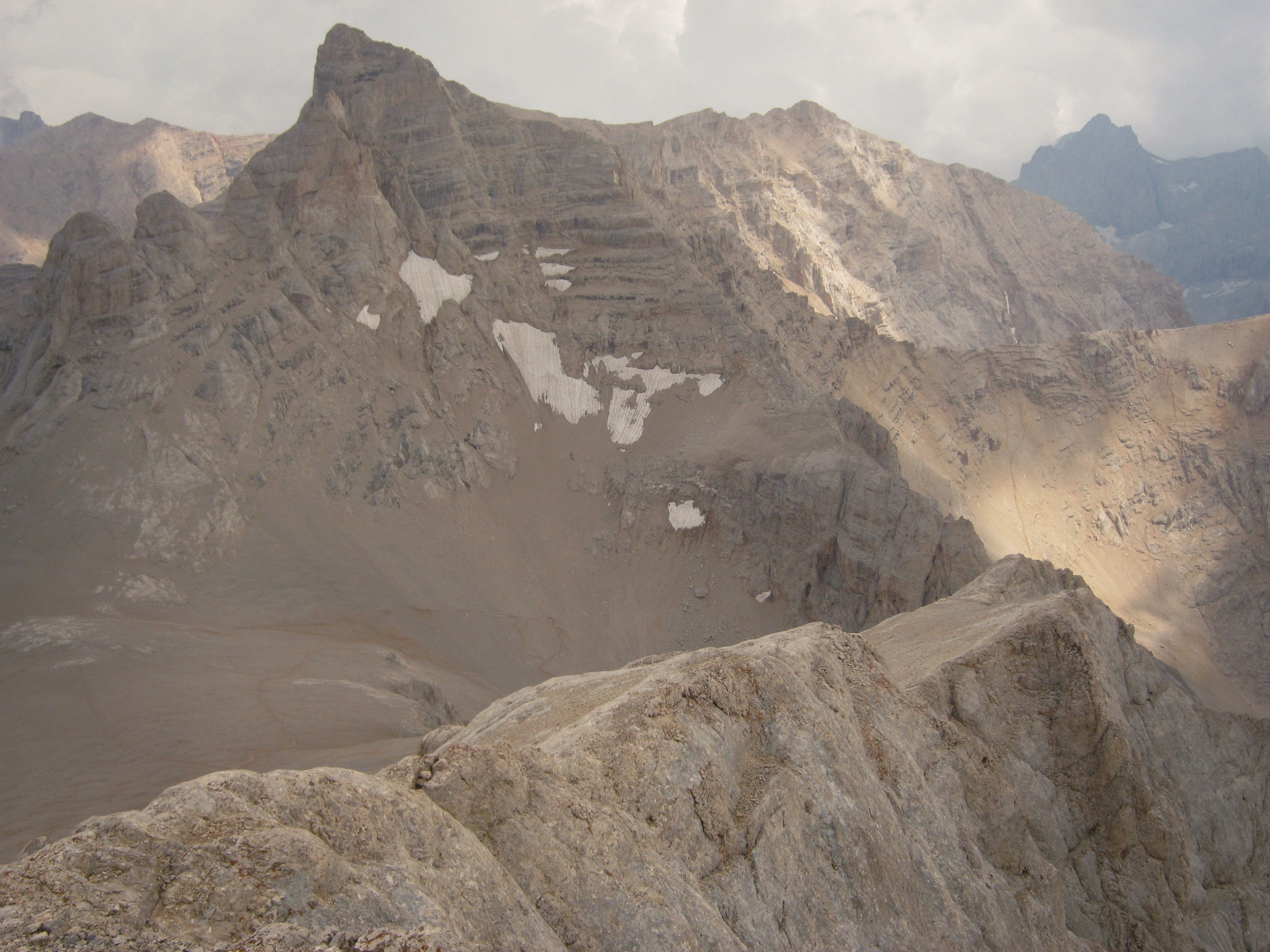 Вид с пика Эмлер в Аладаглар