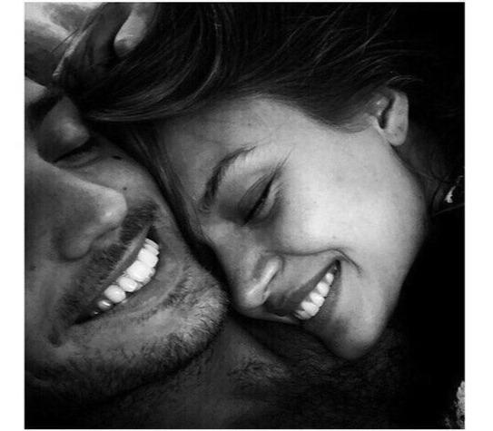 «Мне нужен не только любимый, мне нужен лучший друг» Красиво звучит, да Найти любовь. Человека, которого можно поцеловать. Человека, с которым можно проводить вечера. Человека, который возьмет