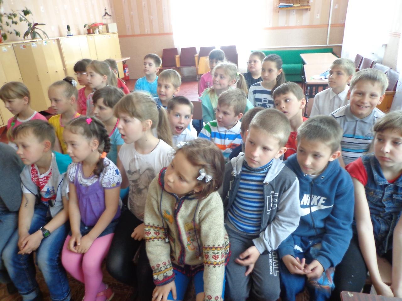 отдел обслуживания учащихся 5-9 классов, Донецкая республиканская библиотека для детей, лето в библиотеке, работа с пришкольными лагерями, здоровый образ жизни