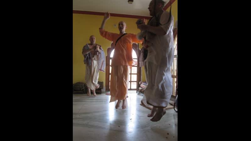 2 часть Навадвипа 2019 В гостях у Гоурангабачалы и Шри Вишну таттвы Прабху Храм Шри Шри Радха Раман 07 05 2019