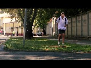 ДЕВУШКА ПЕРДИТ С ПОДЛИВОЙ _ ПРАНК (реакция людей на пердёж)