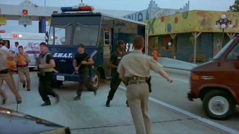 Senzační únos - cz - The Chase - Komedie, Krimi(1994)