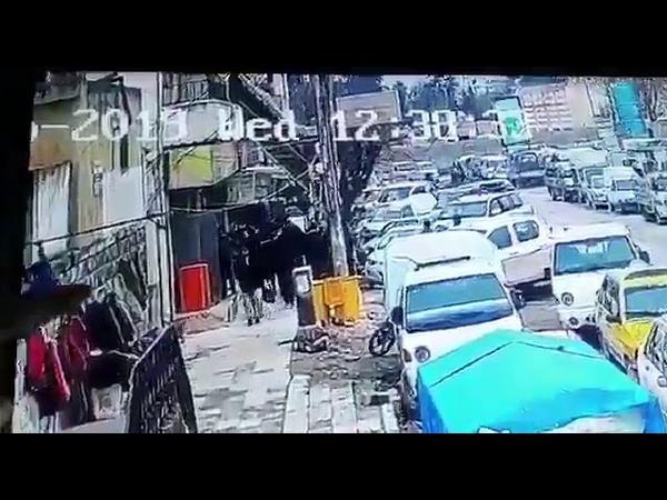 Видео момента взрыва бомбы у ресторана в Манбидже, в Сирии. Погибли американские солдаты.