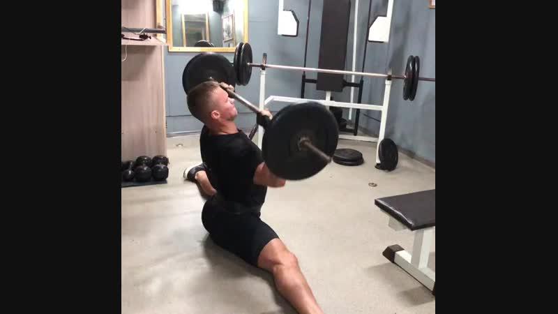 Убиваем плечи 🔥🔥🔥 calisthenics workout workout24 СаняКонь🐴 неповоротливыйкачок