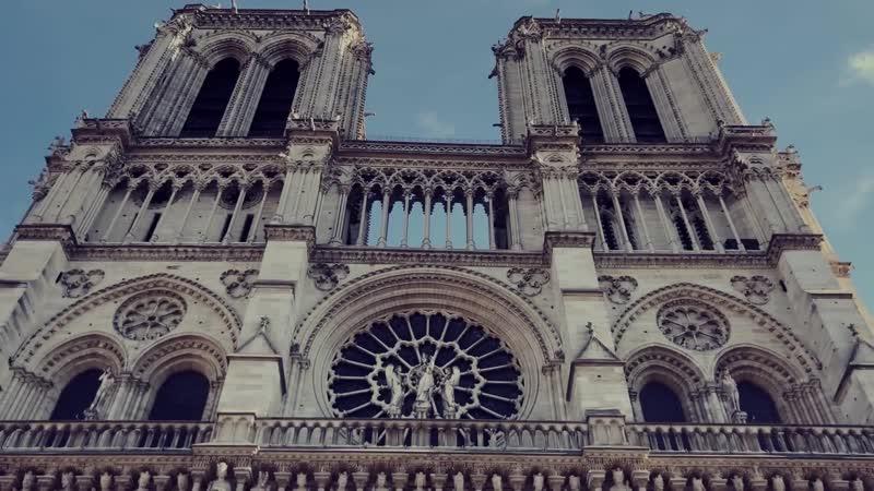 LOOSE ARCHITECTURE URBAN SKETCHING. Notre Dame de Paris Drawing_Full-HD
