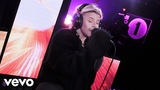 Robyn - Last Christmas (Wham! cover) in the Live Lounge