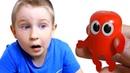 ЖИВАЯ КАПСУЛА играет с детьми! 100 киндеров. Kinder Surprise.