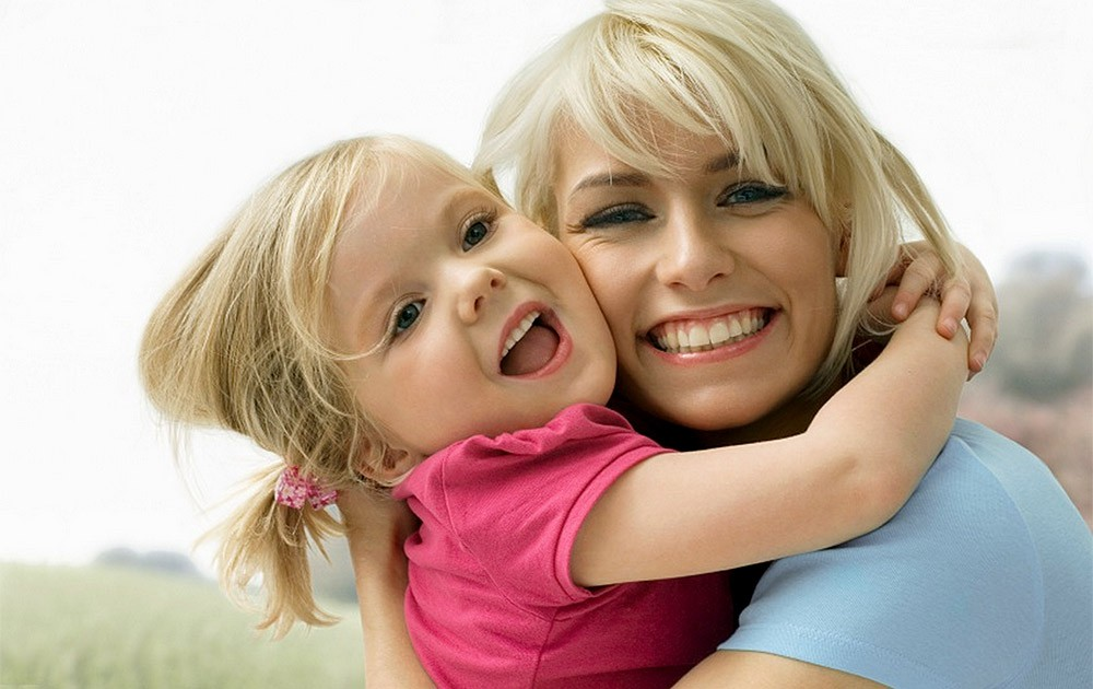 Открытки февраля, мама с детьми картинки для детей