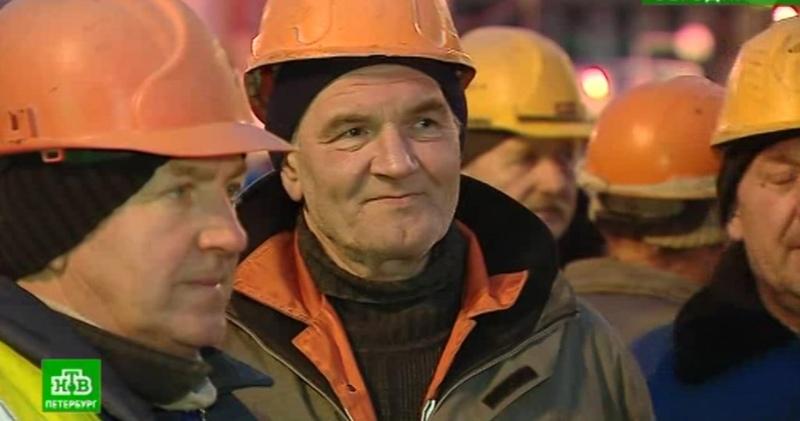 Петербургский Метрострой задолжал зарплату не только голодавшим рабочим