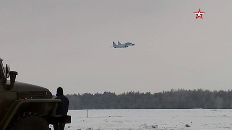 МиГ 35 в воздухе кадры презентационного полета новейшего истребителя