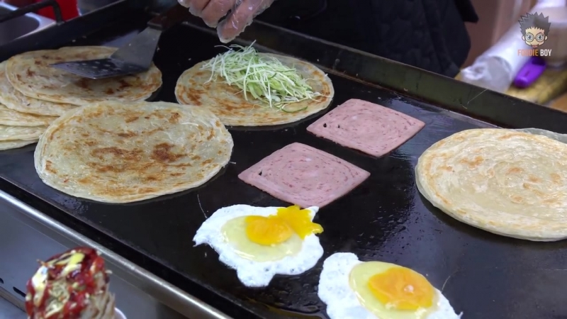 Hoy Tto _ Korean Street Food _ Changseon-Dong, Busan Korea