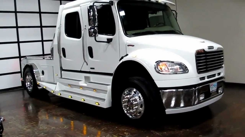 2007 Freightliner sportchassis, ranch hauler, luxury 5th wheel,horse trailer, Sold, Sold