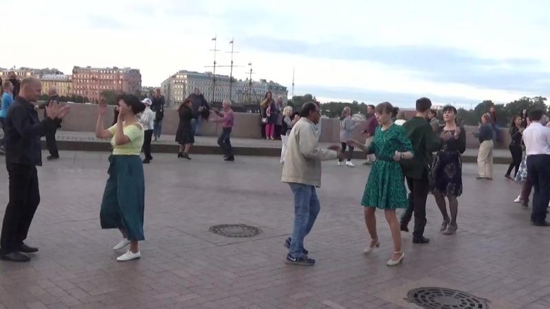 Ковбойский танец Бальные танцы на Стрелке В О 09 09 2018 г вид 1078