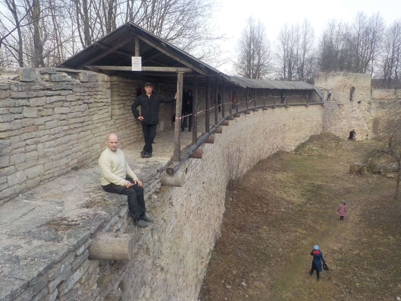 Средневековая древнерусская крепость в городе Порхове