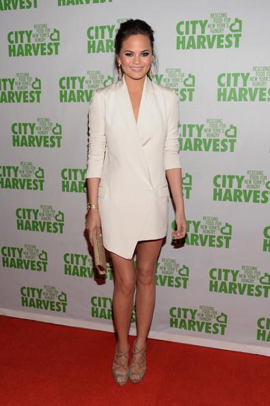 Крисси Тейген в белом