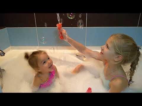 Купание с куклами Беби Бон и Дисней Золушка/Bathing with baby dolls Baby Bon and Disney Cinderella
