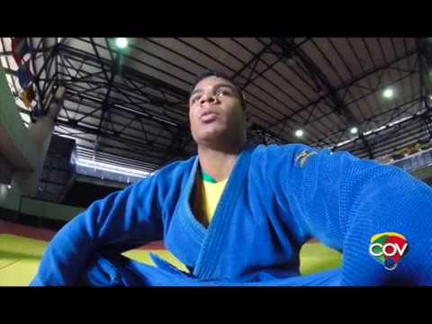 Carlos Páez con la mira en la final olímpica