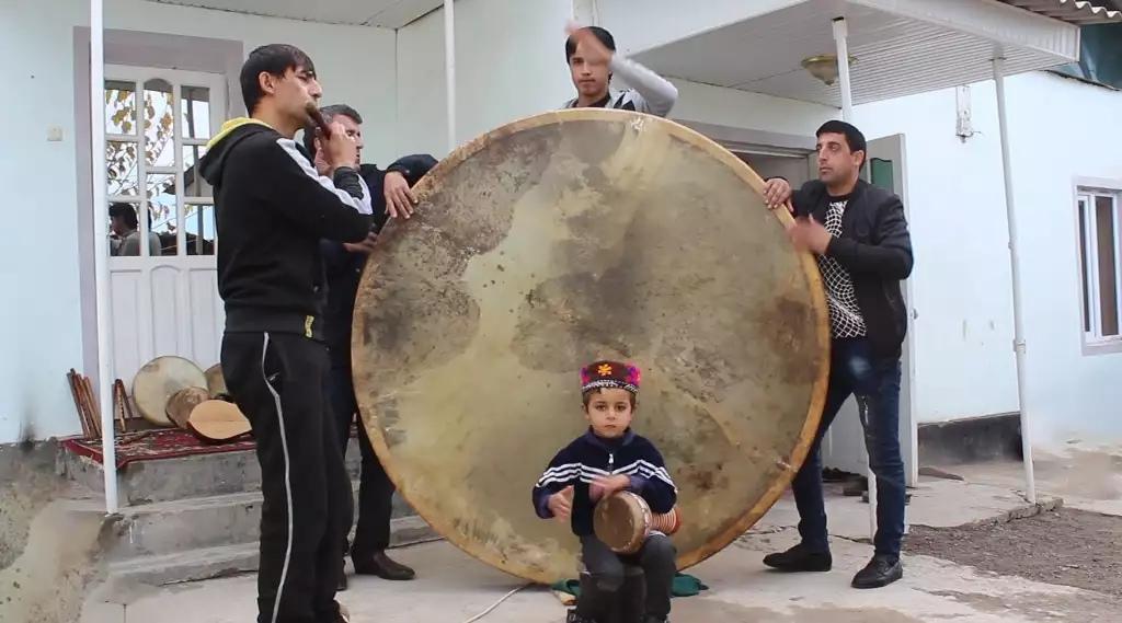 Житель Куляба создавший самую большую Доиру в мире планирует попасть в Книгу рекордов Гиннеса