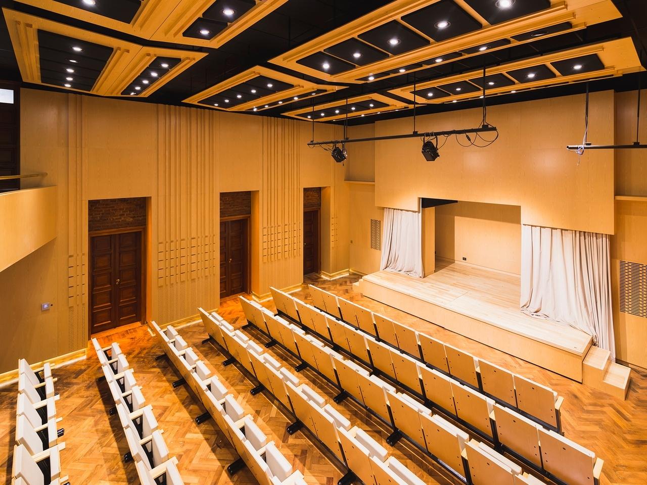 CABB Auditorium / GRHOUND OFFICE