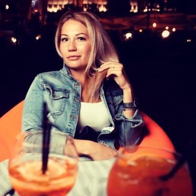 Лена Ленская