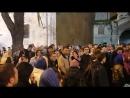 Киевская Лавра тысячи верующих молятся за защиту святыни YouTube 720p