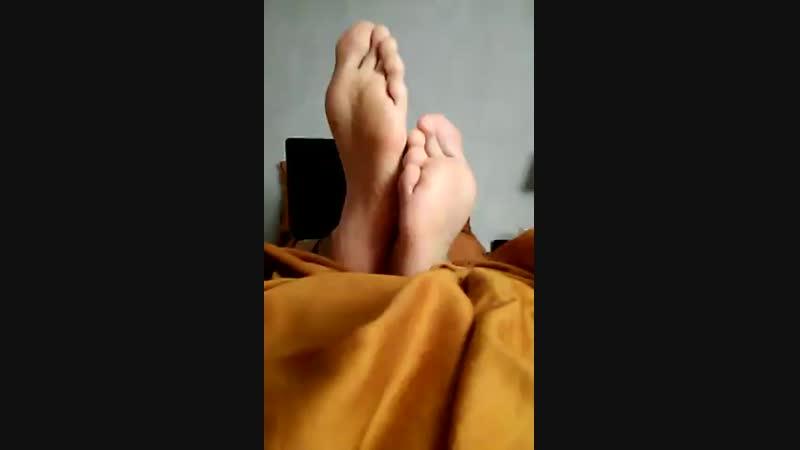 Candid smelly feet