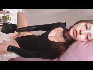 Missalice_94 - latex dolly across from you in bed | miss alice - мисс алиса