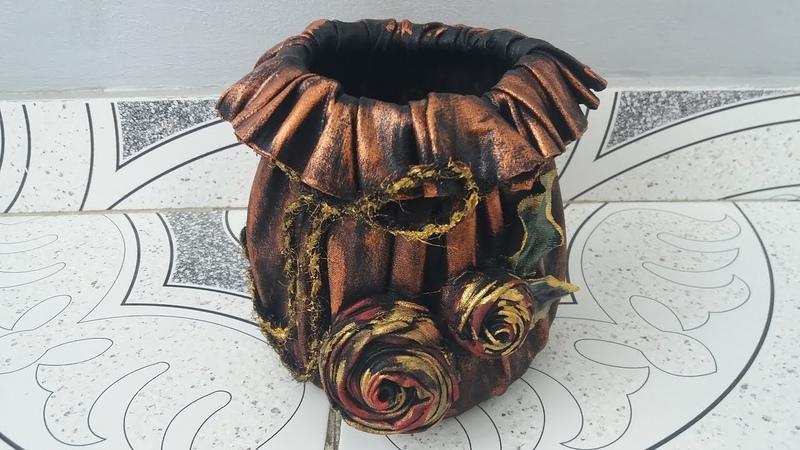 Vas pentru flori din material de blugi--Flower pot of jeans material