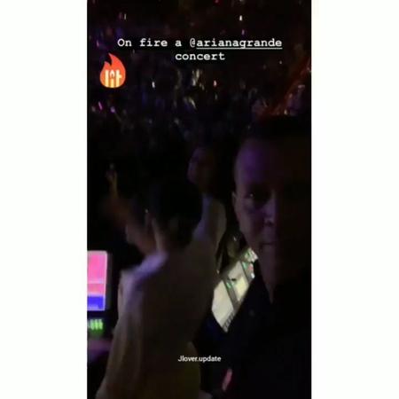 """Fan Page for Queen JLO👑 on Instagram: """"@arianagrande concert💞 jlo_may31 @natalieromerolv @arod arianagrande /@jlo jlo Jenniferlopez jlovers j..."""