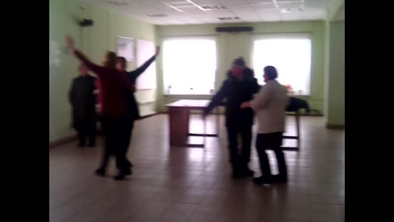 В колхозе два бездельника: сельсовет и Павлова.