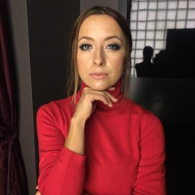 Лена Локтева