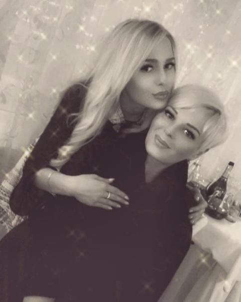 Маша Толмачева с мамой!
