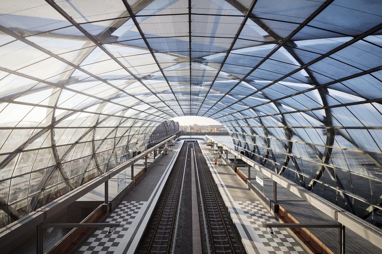 Elbbrücken Underground Station / gmp