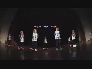 [v-s.mobi]Дети Хип Хоп 7-9 лет Лос Анджелес Отчётный концерт Орёл и Решка.mp4