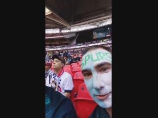 «Почему Сон не на поле?» Два фаната «Тоттенхэма» влипли за шутку над азиатским болельщиком