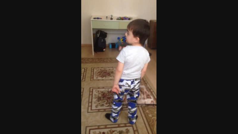 Мой брат танцует ❤️❤️❤️
