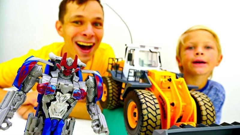 Бамблби vs Мегатрон Трансформеры строят башни Видео для мальчиков