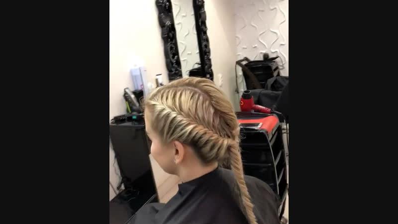 Какая красота 😍 Плетение кос любой сложности🔝 Стильно элегантно и очень удобно никто не останется равнодушным🙈😉