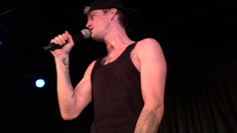 Aaron Carter - ACWWT - Thanks The Fans in Akron, OH - YouTube
