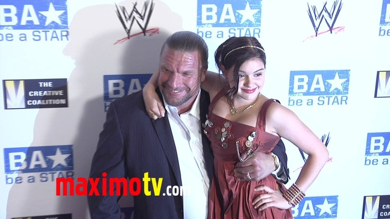 WWE Superstars: Triple H Meets Ariel Winter at WWE SummerSlam 2011 LA Event