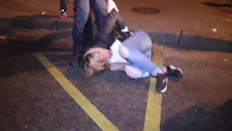 Задержании пьяных грабителей.