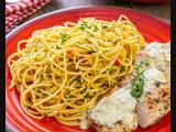 Готовим Спагетти алио-олио с куриной грудкой под сливочным соусом