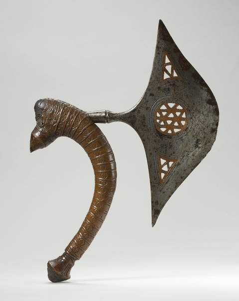Церемониальный Африканский топор народов Чокве или Лунда