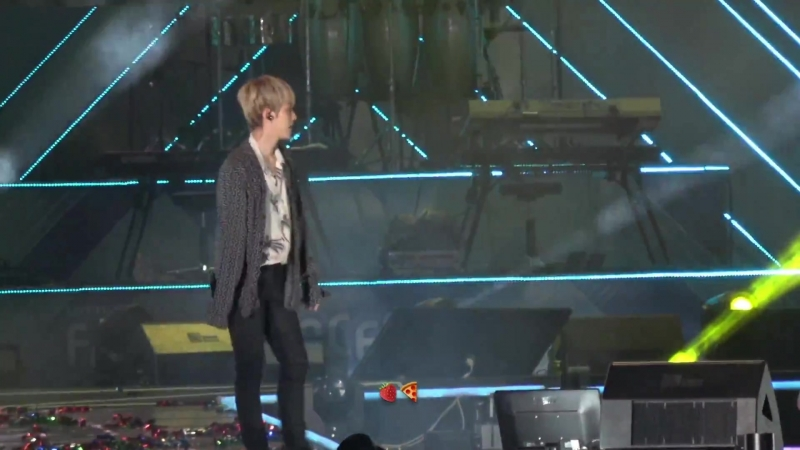[FANCAM] 180623 27th Lotte Family K-Wave Concert @ EXO's Baekhyun — What U Do