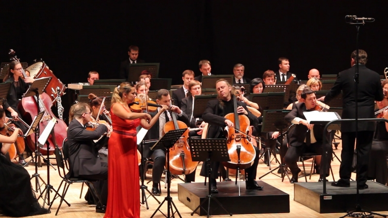 Фрагмент Двойного концерта И.Брамса. Солисты Мария Солозобова (скрипка), Денис Шаповалов (виолончель). РГСО