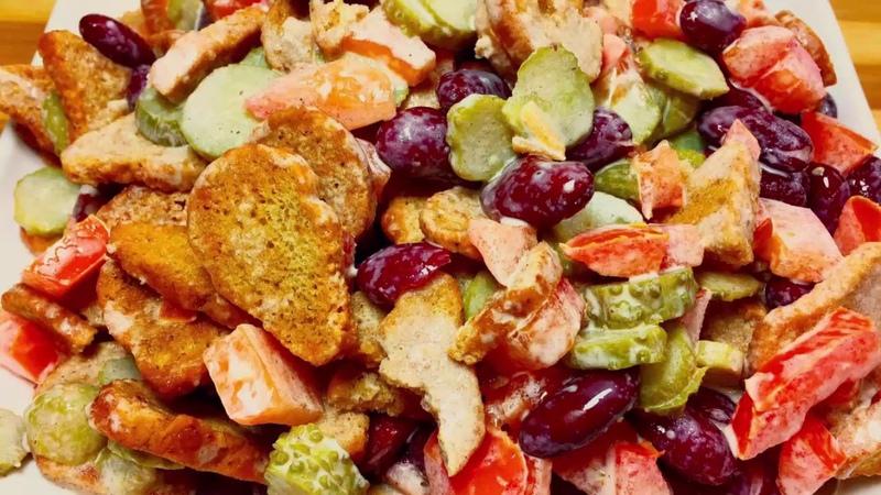 Уберите рецепты с куриным филе в сторону! Вот он самый крутой салатик! Удивите гостей