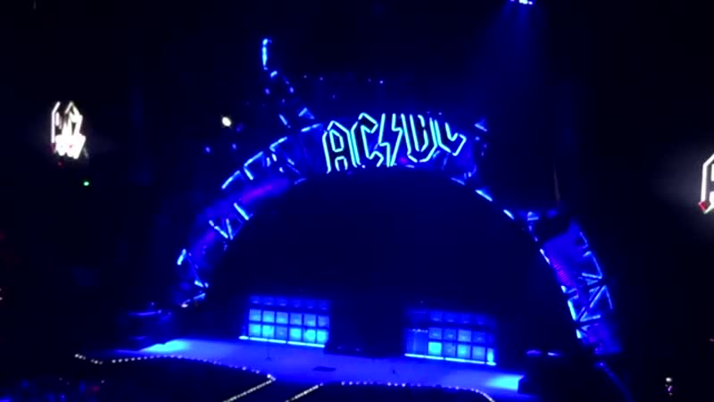 AC/DC - rock or bust - full show - st paul mn -2-14-16 -1080hd